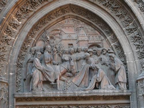 Puerta de las Campanillas de la Catedral